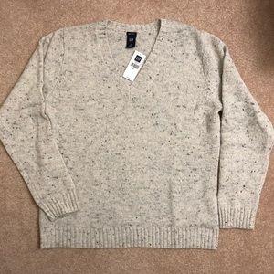 Brand New - Gap Oatmeal w/Gray V-Neck Sweater
